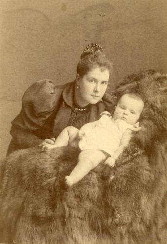 Olga Zweguintzoff 1893 with her mother Baroness Olga Stael Holstein